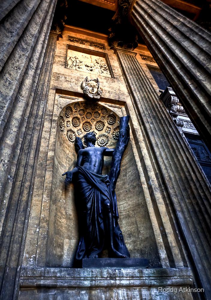 Statue at Kazan Cathedral by Roddy Atkinson