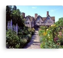 Cottage garden, Stratford-upon-Avon. UK. Canvas Print