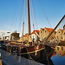 An oldie in the New Harbour by Adri  Padmos