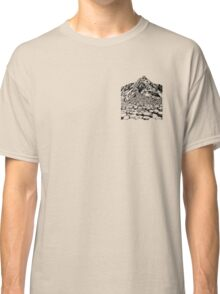 The Giants Causeway, Ireland. Ink Illustration Classic T-Shirt