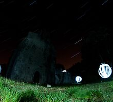 Lightpainting the stars by gilliw