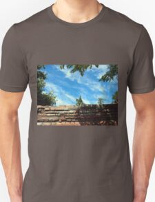 Frame of a blue sky with clouds T-Shirt