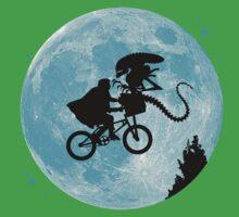 E.T. vs Aliens Kids Tee