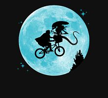 E.T. vs Aliens Unisex T-Shirt