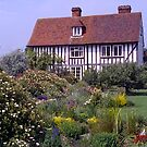 cottage garden#2, Stratford-upon-Avon, UK. by johnrf