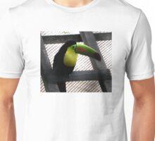 TOUCAN IN PUERTO RICO BIRD SANCTUARY Unisex T-Shirt