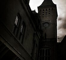 Lillesden Clock Tower by Nikki Smith