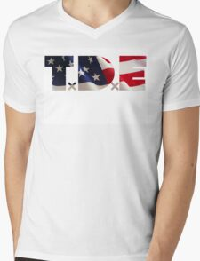 TDE TOP DAWG RED WHITE BLUE AMERICA FOURTH OF JULY 4TH Mens V-Neck T-Shirt