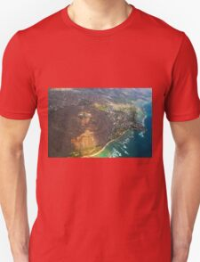 Diamond Head in Waikiki Beach - Honolulu, OAHU HAWAII Unisex T-Shirt