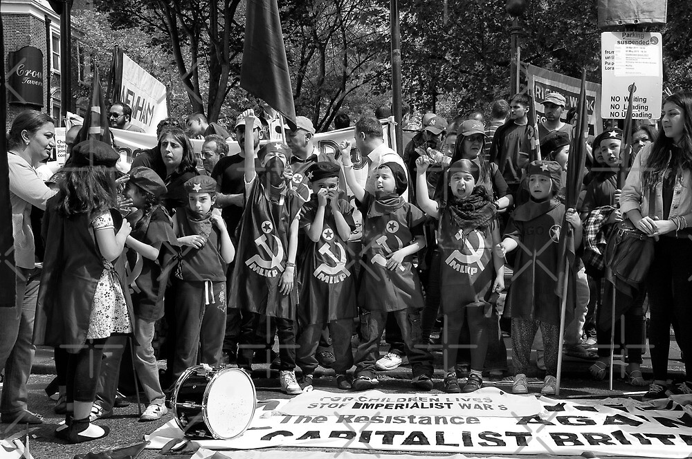 for childrens lives stop imperialist war's (MLKP, London, May Day 2011) by Umbra101