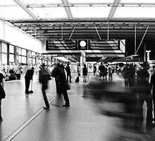 Daily Grind, St Pancras International Station, London by Chris Hageman