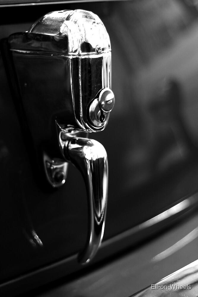 Boot lock by Ell-on-Wheels