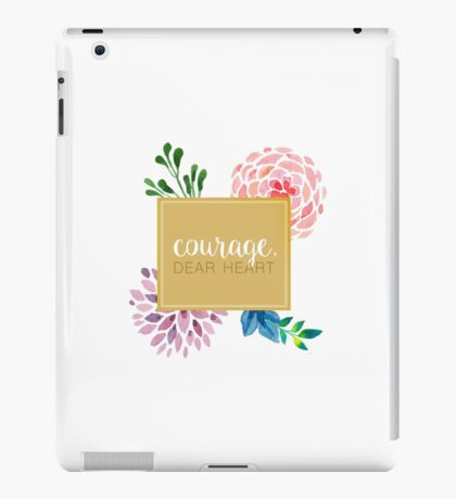 courage dear heart c.s. lewis (background colour can be changed) iPad Case/Skin