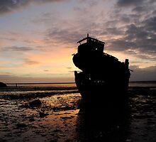 Sunrise over the Jaynee Seddon by hicksy107