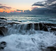 Cathedral Rock - Lorne Victoria by Graeme Buckland