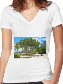 Waikiki Beach, Honolulu Oahu - HAWAII Women's Fitted V-Neck T-Shirt