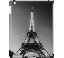 Eiffel Tower and sunset (Black and White) iPad Case/Skin