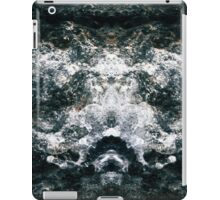 Mirrored Waves iPad Case/Skin