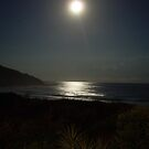 Full moon over Blueys by RightSideDown