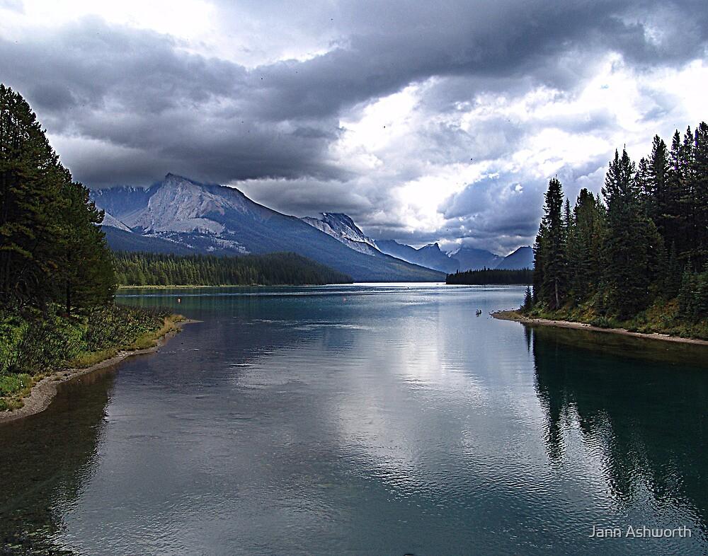 Beautiful Lake Maligne by Jann Ashworth