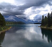 Beautiful Lake Maligne by Jann Ashworth