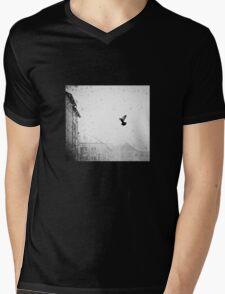 the bird in winter T-Shirt
