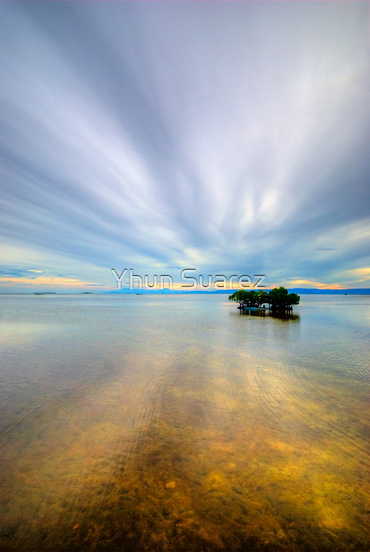 Cloud Zoom 2.0 by Yhun Suarez