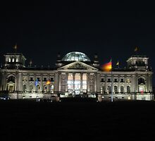 German Parliament at night by Andre090904