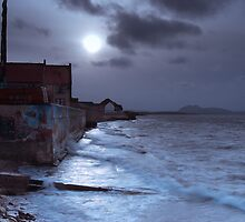 Prestonpans Coast by KWTImages