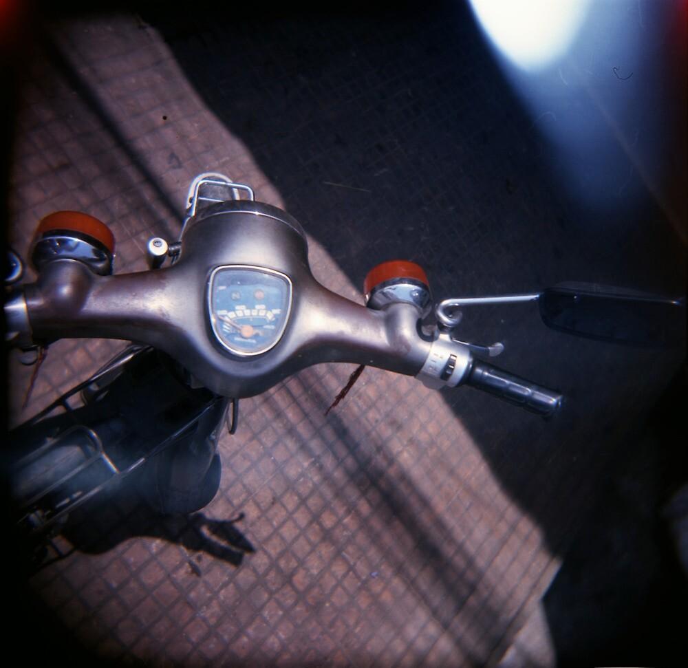 motocontrols, phnom penh, cambodia by tiro