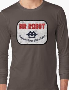 Mr Robot - Computer Repair With A Smile Long Sleeve T-Shirt