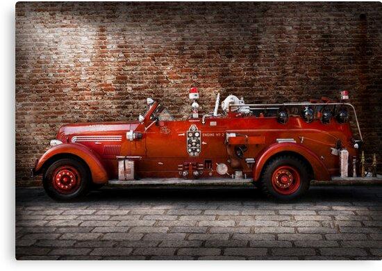 Fireman - FGP Engine No2 by Mike  Savad
