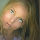 Little Girl by sharitw