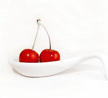 Ravishingly red... by Yool