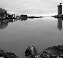 Port Stanley  by Danielle Maes