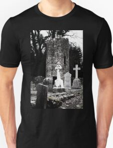 Aghavillier cemetry and round tower T-Shirt