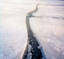 Crack in the Beach Ice by mrscaer