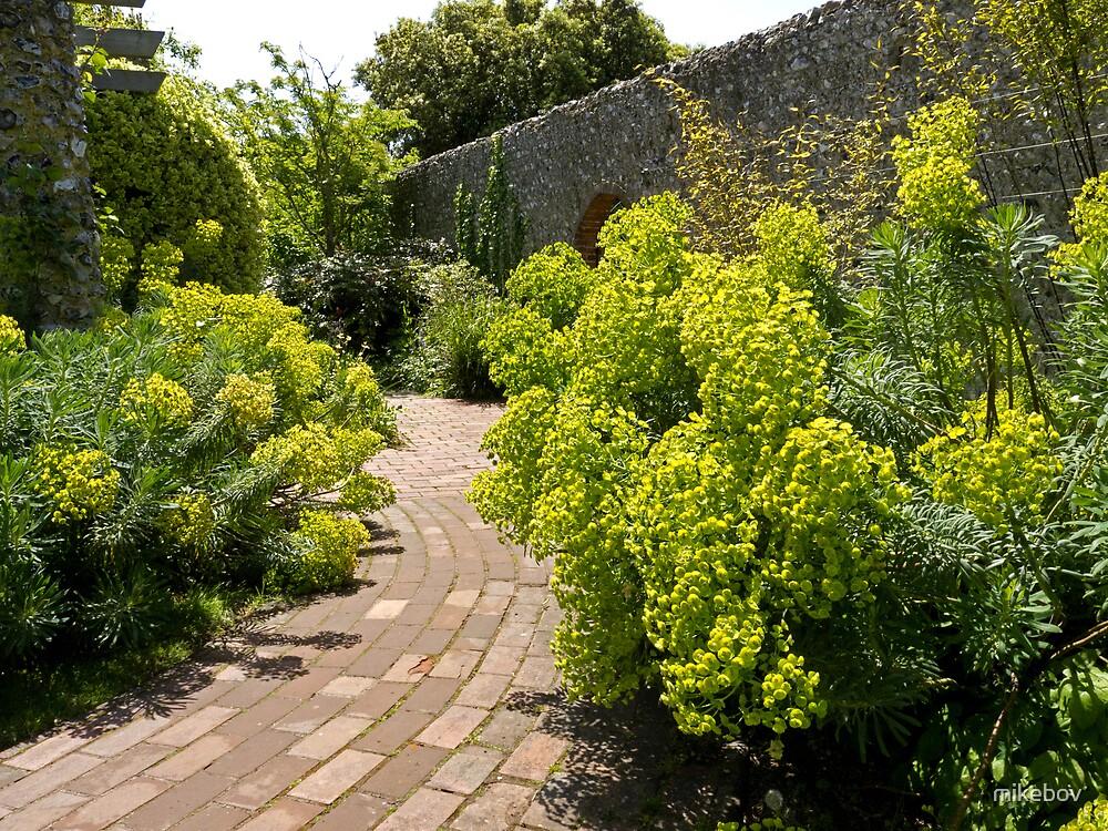 Kipling Gardens by mikebov