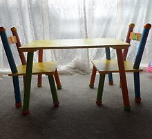 tiny tots  table and chairs by chrissy mitchell