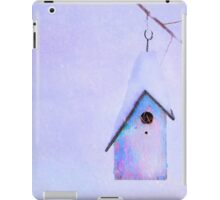 WINTER BIRDHOUSE iPad Case/Skin