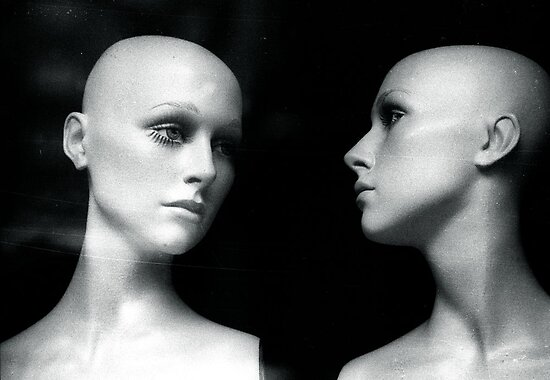 1984 – the mannequins by © moyo