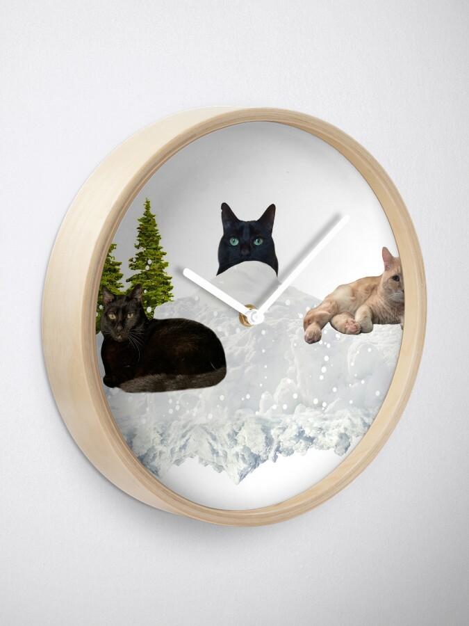 Alternate view of Blue Christmas V4 Clock