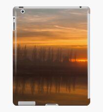 Sunset Crouch Estuary iPad Case/Skin