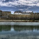 Saint-Malo (Vue de la plage de l'Eventail) by Dominique Guillaume