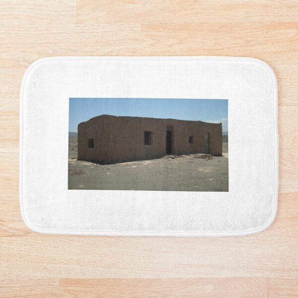Karoo mud house Bath Mat