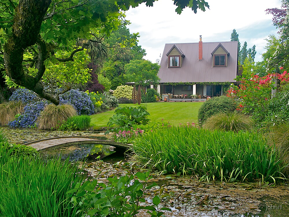 Flaxmere Garden, Canterbury, South Island, NZ. by johnrf