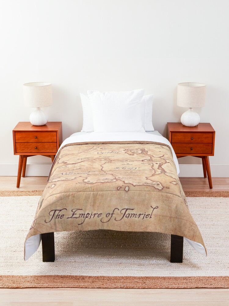 Alternate view of Tamriel Comforter