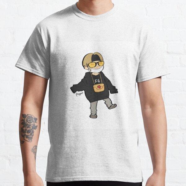 Yoongi on bon voyage cute chibi art Classic T-Shirt