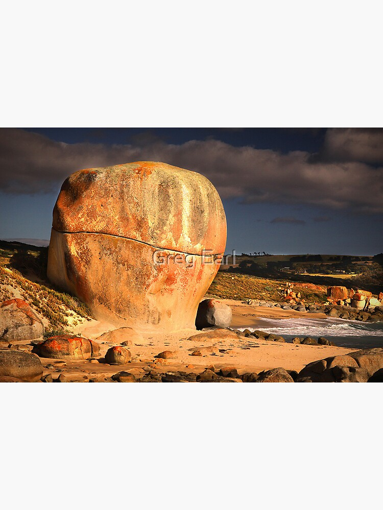 Castle Rock - Flinders Island, Tasmania by GregEarl