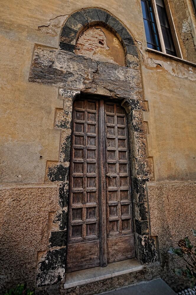 Doorway in Monterosso al Mare by Tom Davidson